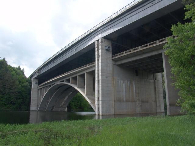 Český Avignon, neboli dvojitý most na D1