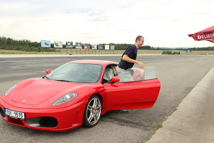 Pan B. a Ferrari