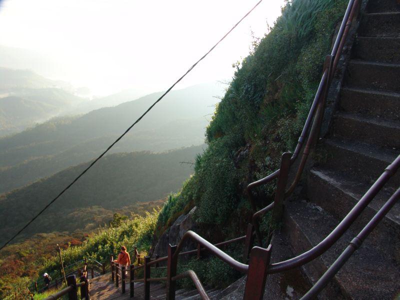 Nekonečné schody na Adam´s peak